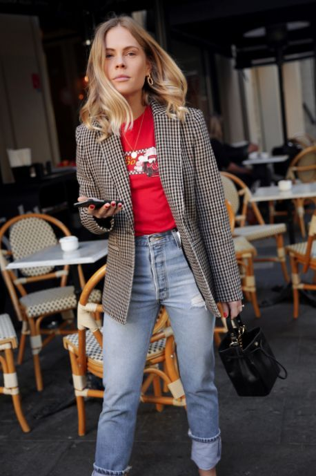 6 Parisian Styles French Women Always Follow 24