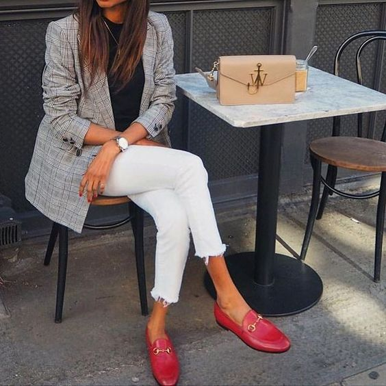 6 Parisian Styles French Women Always Follow 34