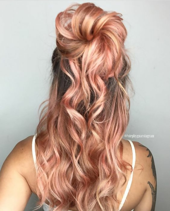 30 Delicious Rose Gold Hair Color Ideas For The All Season 27
