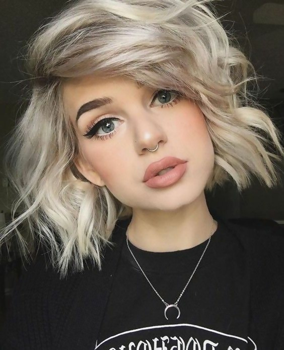 30 Amazing Looks For Short Hair With Bangs 7