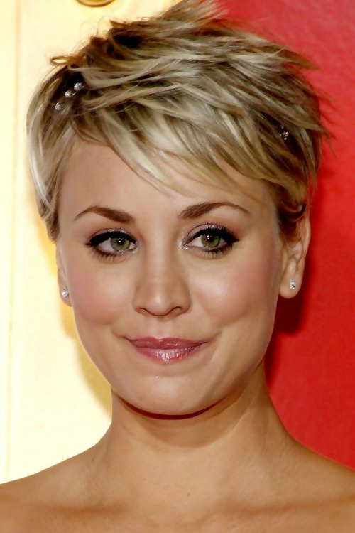 30 Amazing Looks For Short Hair With Bangs 8