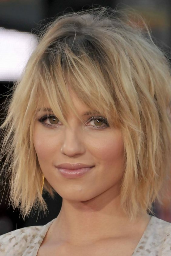30 Amazing Looks For Short Hair With Bangs 16