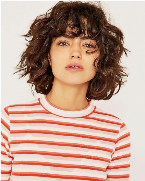 30 Amazing Looks For Short Hair With Bangs 17