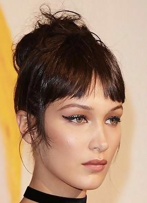 30 Amazing Looks For Short Hair With Bangs 24