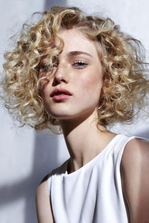 30 Adorable Short Haircuts For Fine Hair 16