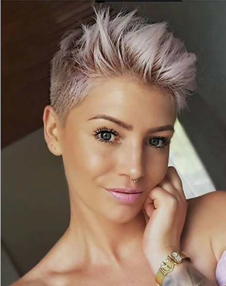 30 Adorable Short Haircuts For Fine Hair 23