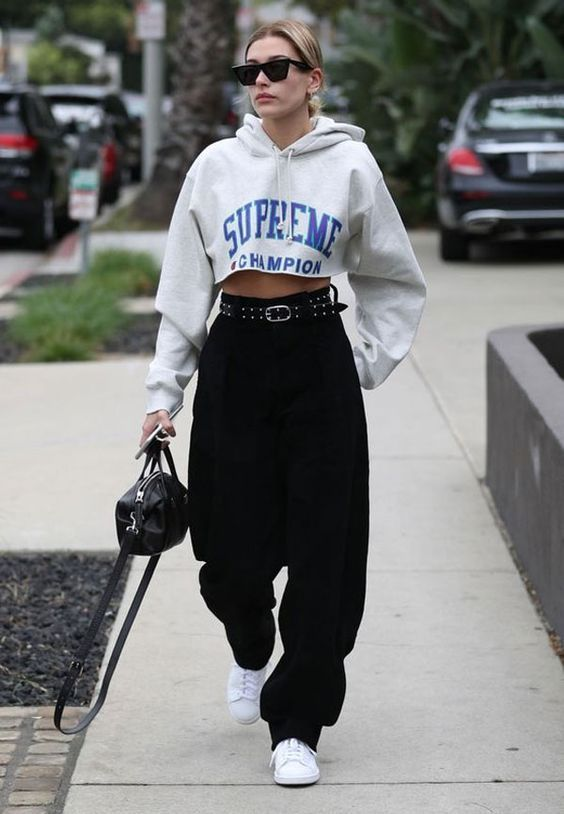 28 Hailey Baldwin's Tomboy Style Outfit Ideas to Copy 2