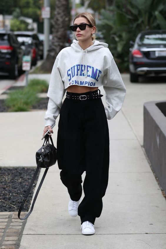 28 Hailey Baldwin's Tomboy Style Outfit Ideas to Copy 14