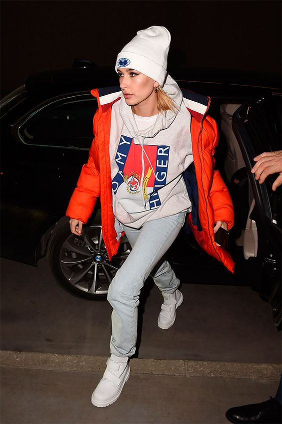 28 Hailey Baldwin's Tomboy Style Outfit Ideas to Copy 24