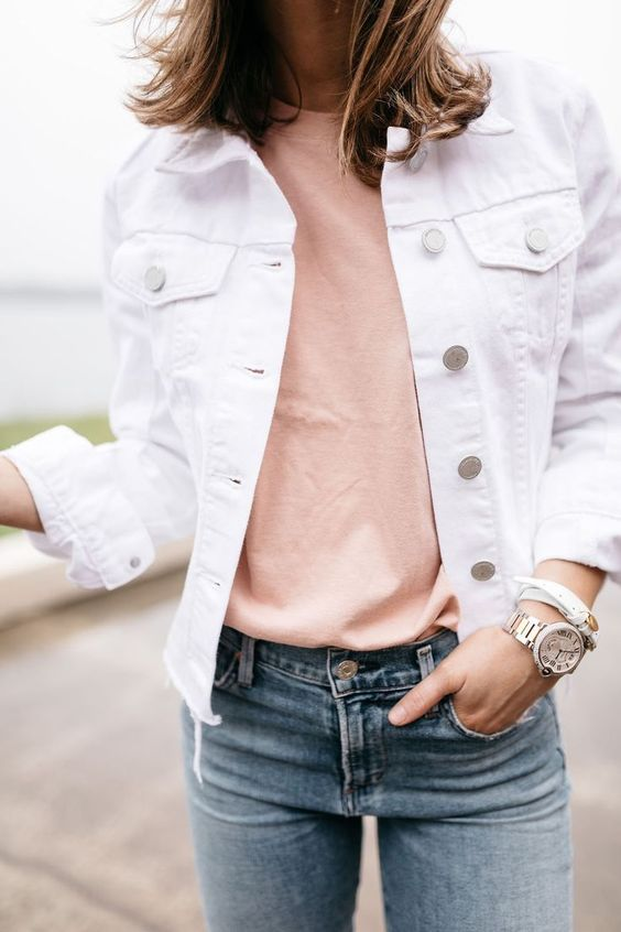How to Wear a Denim Jacket: 33 Jean Jacket Outfit Ideas 24