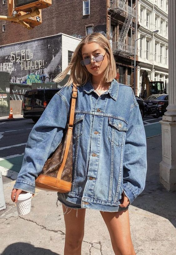 How to Wear a Denim Jacket: 33 Jean Jacket Outfit Ideas 30