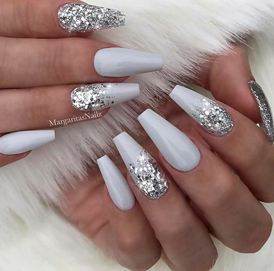 50 Different Ways To Style Glitter Nails 21