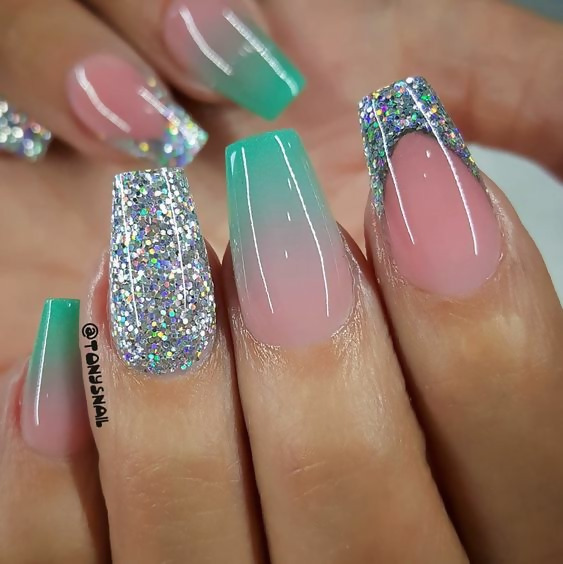 50 Different Ways To Style Glitter Nails 23