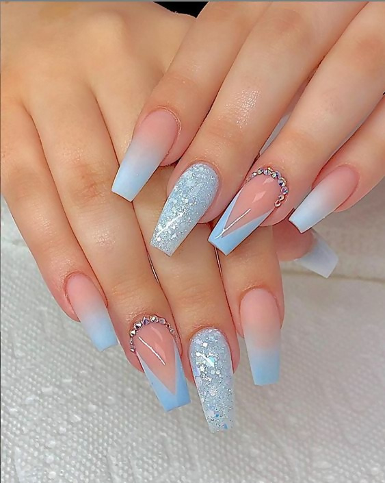 50 Different Ways To Style Glitter Nails 29