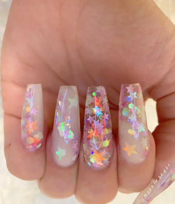 50 Different Ways To Style Glitter Nails 31