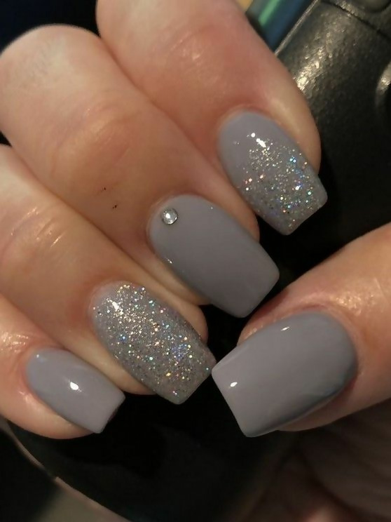 50 Different Ways To Style Glitter Nails 38