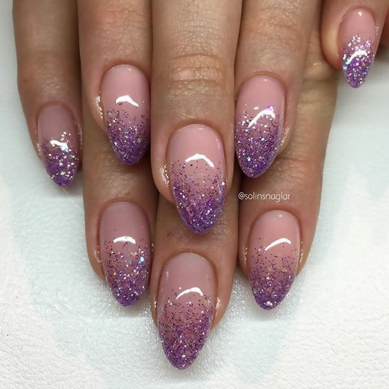 50 Different Ways To Style Glitter Nails 42