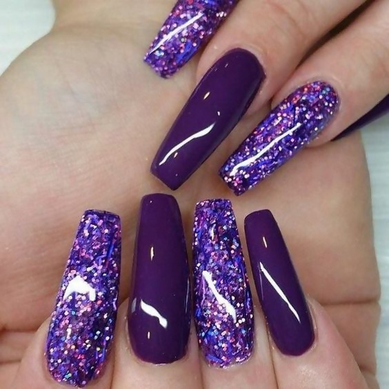 50 Different Ways To Style Glitter Nails 43