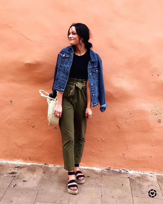 What to Wear With Green Pants: 32 Modern Outfit Ideas 5