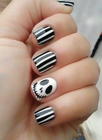 30 Creative Black Acrylic Nails Design Ideas to Try 2