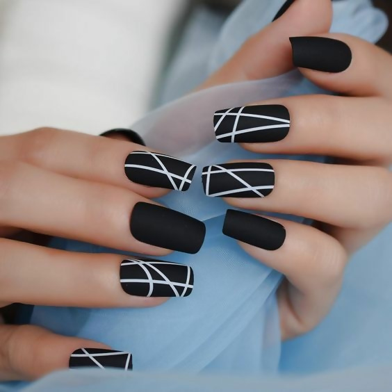 30 Creative Black Acrylic Nails Design Ideas to Try 17