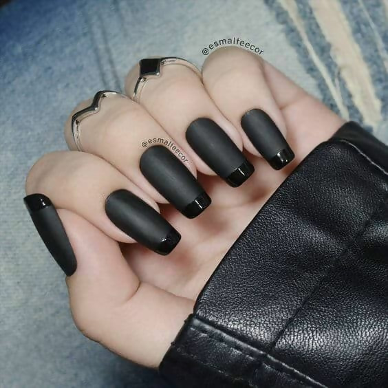 30 Creative Black Acrylic Nails Design Ideas to Try 18