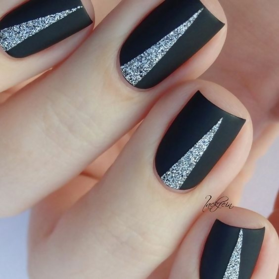 30 Creative Black Acrylic Nails Design Ideas to Try 21