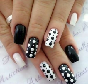 30 Creative Black Acrylic Nails Design Ideas to Try 28