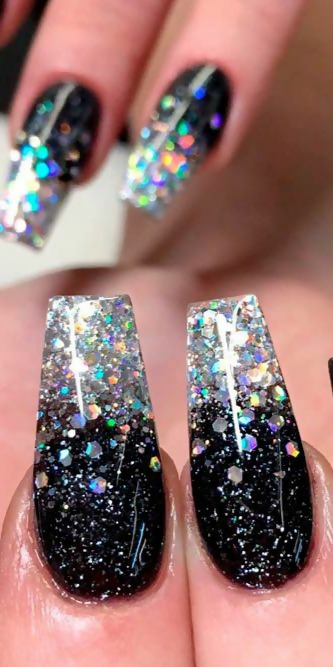 30 Creative Black Acrylic Nails Design Ideas to Try 32