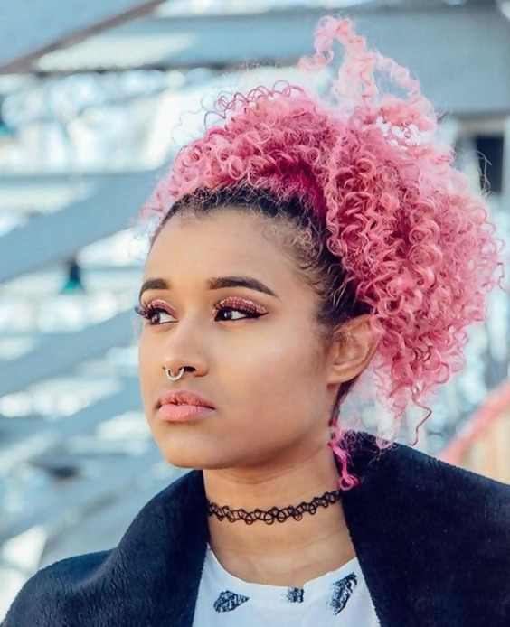 30 Picture-Perfect Styles For Pastel Pink Hair 8