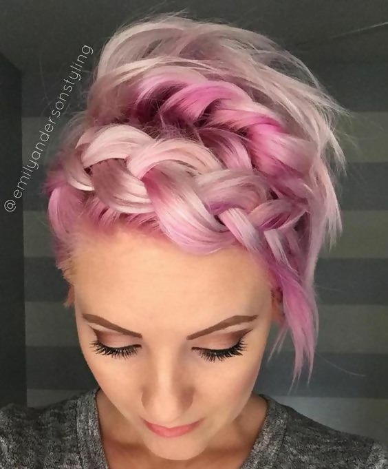 30 Picture-Perfect Styles For Pastel Pink Hair 17
