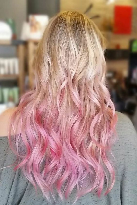 30 Picture-Perfect Styles For Pastel Pink Hair 21