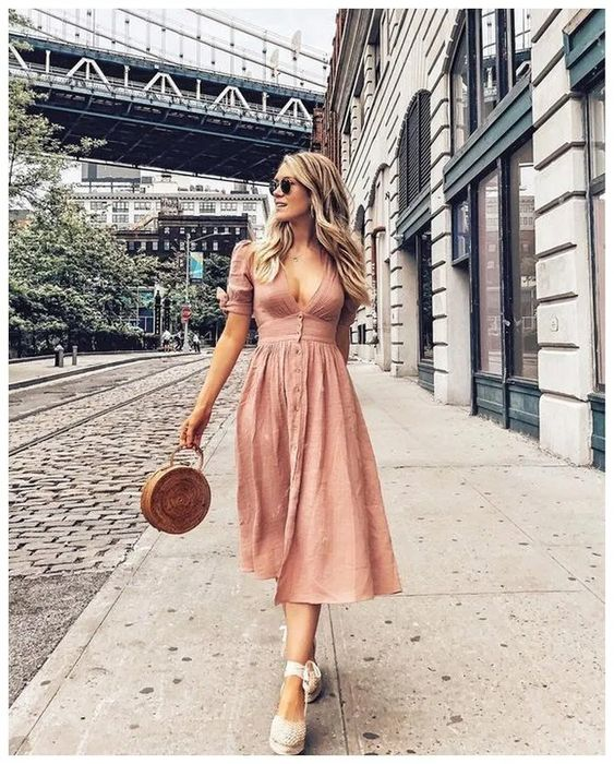 6 Cute Picnic Outfit Ideas You Can Easily Recreate 19