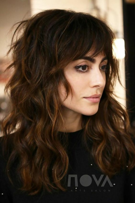 30 Adorable Shag Hairstyles To Inspire Your Stylish 17