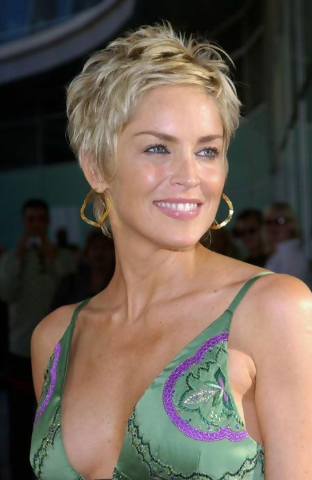 30 Stylish Short Haircuts for Women Over 50 6