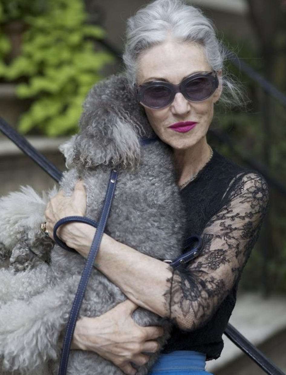 9 Best Fashion Inspiration for Women Over 60 Taught by Style Icons 24