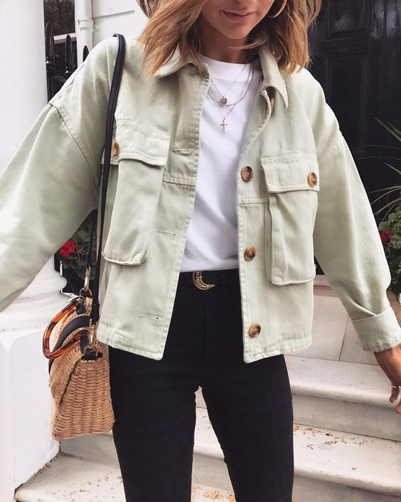 Back to School Outfits: 5 Easy-to-Style Pieces 3