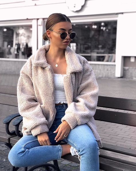 9 Chic Outfits To Wear In 50 Degrees Weather 10