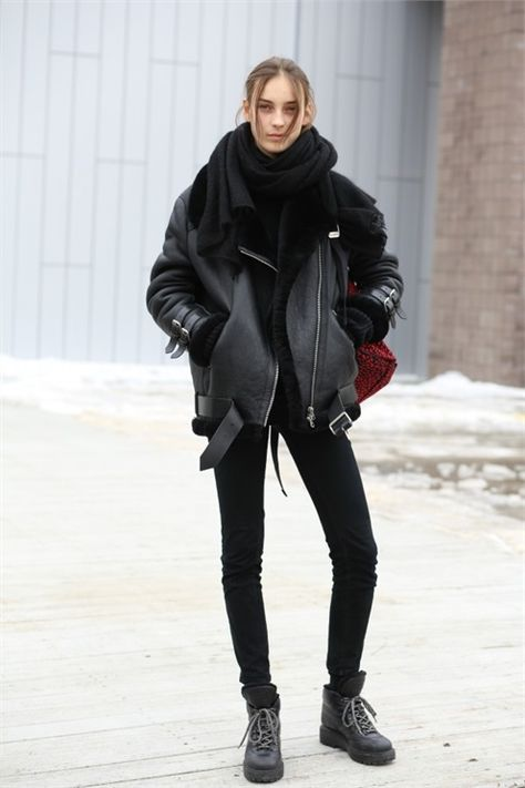 9 Chic Outfits To Wear In 50 Degrees Weather 11
