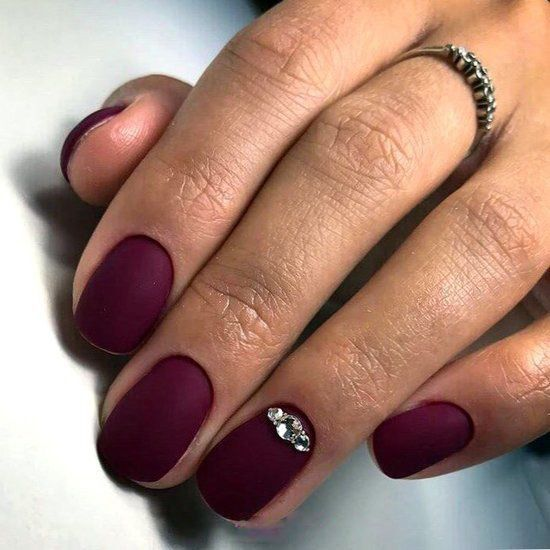 30 Breathtaking Gel Nail Designs to Elevate your Style 4