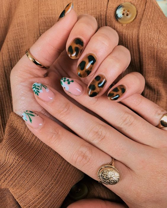 30 Breathtaking Gel Nail Designs to Elevate your Style 7