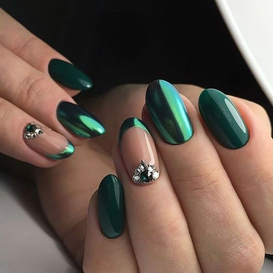 30 Breathtaking Gel Nail Designs to Elevate your Style 8