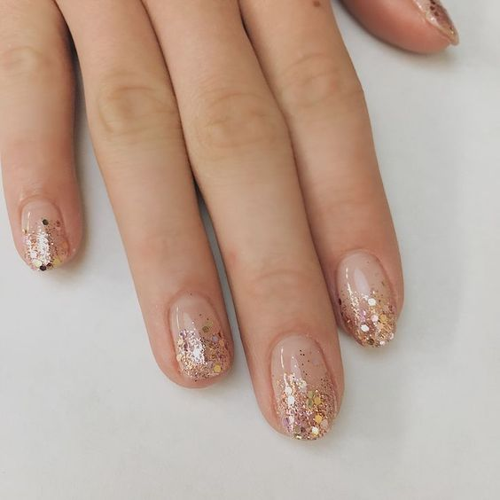 30 Breathtaking Gel Nail Designs to Elevate your Style 19