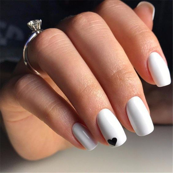 30 Breathtaking Gel Nail Designs to Elevate your Style 22