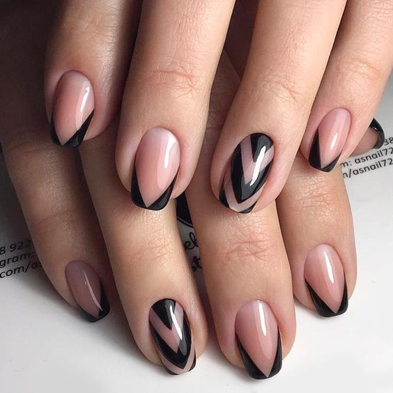 30 Breathtaking Gel Nail Designs to Elevate your Style 23