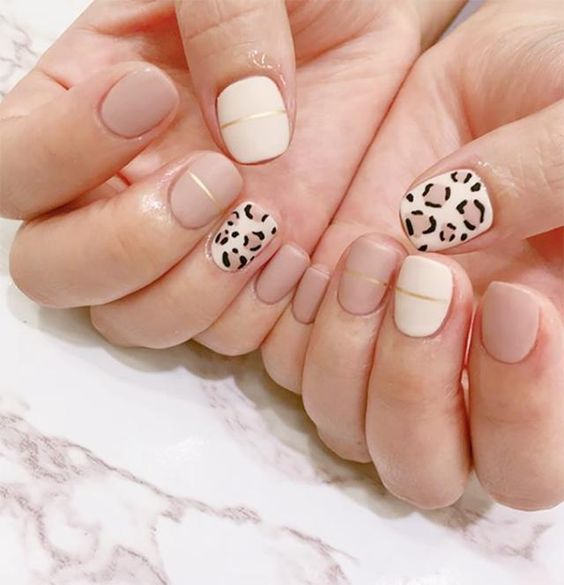 30 Breathtaking Gel Nail Designs to Elevate your Style 27