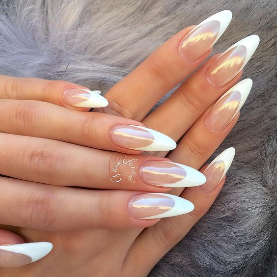 30 Unique Ideas on How to Bump Up French Tip Nails 7