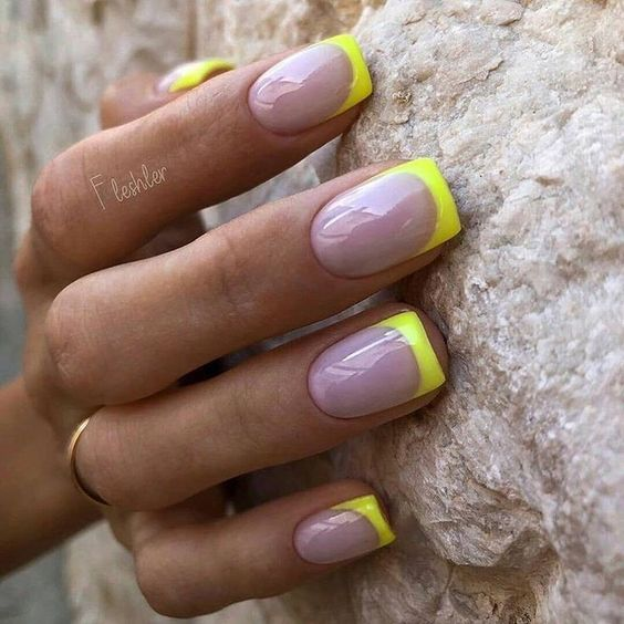 30 Unique Ideas on How to Bump Up French Tip Nails 12