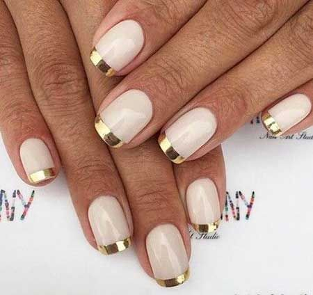 30 Unique Ideas on How to Bump Up French Tip Nails 17