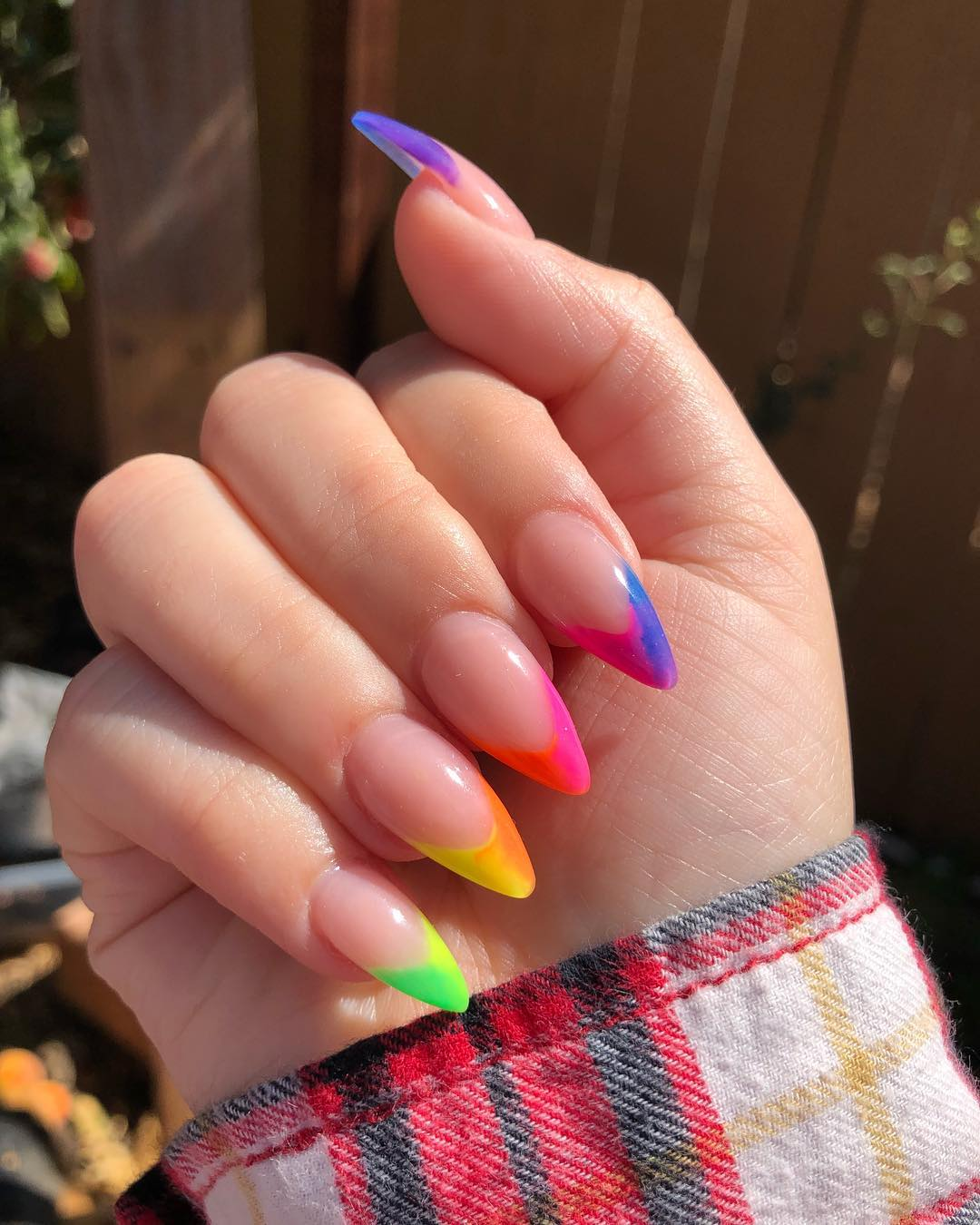 30 Unique Ideas on How to Bump Up French Tip Nails 30